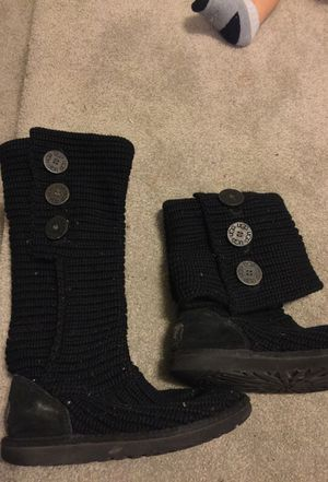 Ugg size 5 for Sale in Columbus, OH