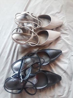 Lifestride shoes . 30 each pair size 7 for Sale in Los Angeles, CA