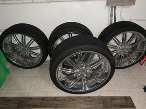 22 inch Rims (Sevizia Wheels ) for Sale in Virginia Beach, VA