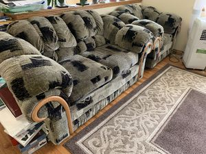 Set of Couches for Sale in Federal Way, WA