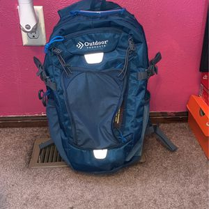 Blue Hydration Pack- BRAND NEW for Sale in Saint Charles, MO
