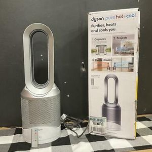 Dyson Pure Hot + Cool Link HP02 Wi-Fi Enabled Air Purifier,White/Silver $380 Call Or Text6282706479me for Sale in Sterling, VA
