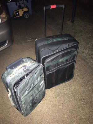 Luggage sit on wheels with handles only 25 Firm for Sale in Glen Burnie, MD