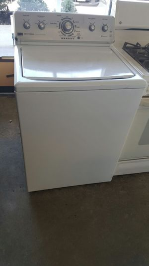 Maytag few months old washer for Sale in Lorton, VA