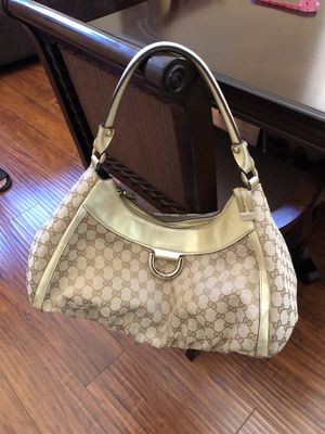 Gucci D Ring Hobo Canvas for Sale in Las Vegas, NV