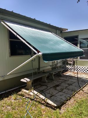 Approximately 7x9 awning for Sale in Eustis, FL