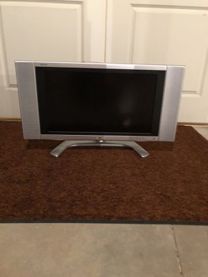 26 inch tv for Sale in Morton, IL
