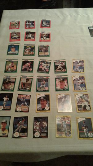 24 Starting lineup baseball cards 1988 through 1991 not full set all in excellent condition for Sale in Glendale, AZ