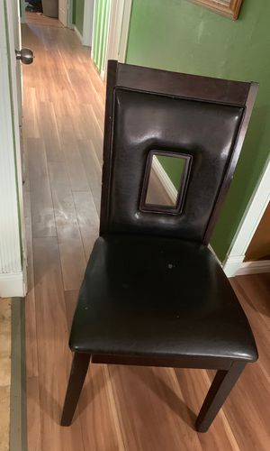 6 chairs for Sale in Milpitas, CA