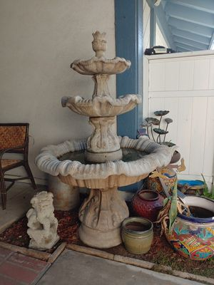 Concrete water Fountain with pump, works great. Over 5 feet tall. 3 tier. for Sale in HUNTINGTN BCH, CA