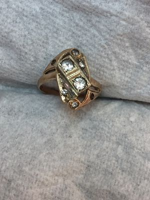 10k Yellow Gold CZ Ring size 8 for Sale in South Gate, CA