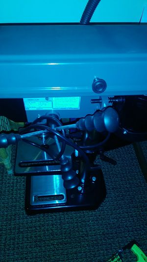 Central machinery 5 sp drill press for Sale in Portland, OR
