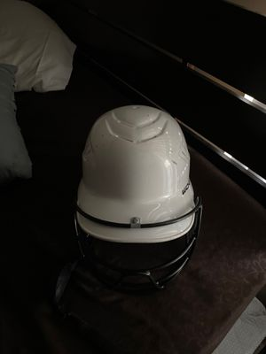 Girls Softball Helmet for Sale in Garden Grove, CA