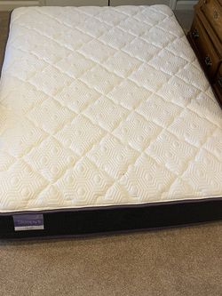 Full Mattress - PLUSH for Sale in Clarksville,  MD
