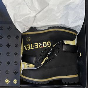 MEN'S TIMBERLAND X GORE-TEX® 6-INCH BOOTS for Sale in Deerfield, IL