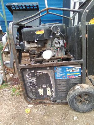 GENERATOR NEED CARBURATOR CLEANING AND BATTERY for Sale in Las Vegas, NV