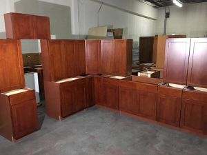 Overstock Red Oak Shaker Kitchen Cabinets, Many Sizes! for Sale in Seattle, WA