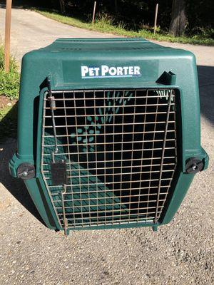 Pet Porter Green Medium Size Dog Crate for Sale in Birmingham, MI