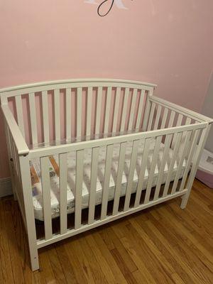 Graco baby crib for Sale in Eastpointe, MI