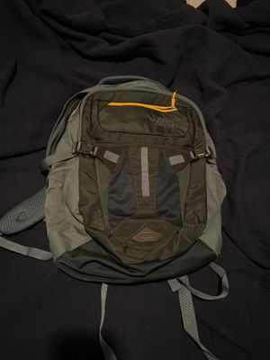 North Face Recon Backpack NWT for Sale in Chicago, IL