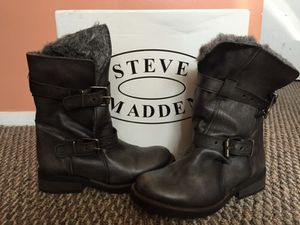 Steve Madden woman's CAVEAT-F for Sale in Charlotte, NC
