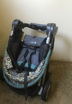 Stroller with car seat for Sale in Fircrest, WA