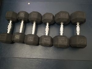 2 pairs dumbbells 20lbs 25lbs 35lbs for Sale in Queens, NY