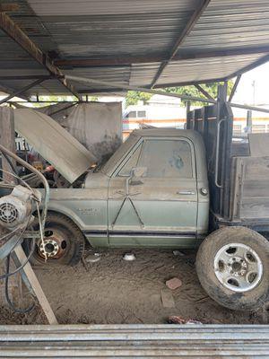 1971 custom c20 flatbed truck for Sale in Fresno, CA