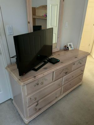 Dresser, Computer Desk w/ Chair, Bed Frame must go.. for Sale in San Leandro, CA
