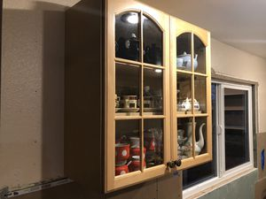 Hanging Wall Kitchen Cabinet 30x30in for Sale in Kent, WA