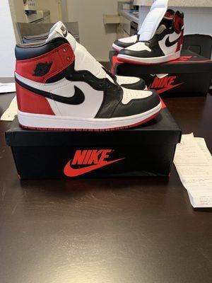 "Air Jordan 1 ""Satin Black toe"" WMNS SZ .7 (stockX pricing) for Sale in Missouri City, TX"