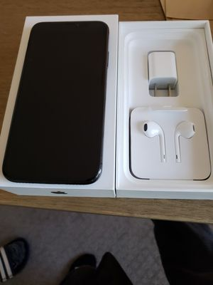 iPhone XS 64gb at&t for Sale in San Diego, CA