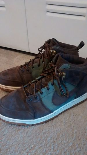 Nike Boots size 10,5 for Sale in Miami Gardens, FL