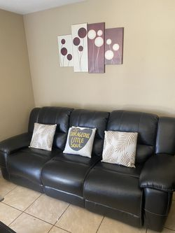 Beautiful Couch for Sale in Eastvale,  CA