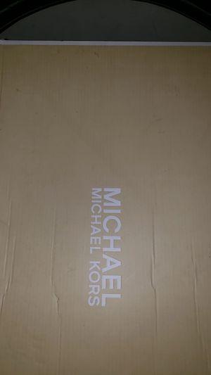 Brand new Michael kors rainboots size 6 for Sale in Atlanta, GA