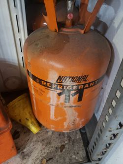 2 Brand New 30lb Cans of R11 refrigerant Freon for Sale in Longwood,  FL