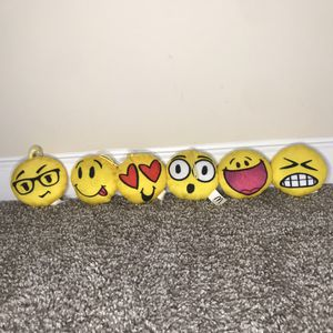 6 Small Emoji Plushies for Sale in Lilburn, GA