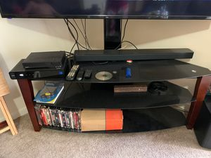 Wood and glass tv stand for Sale in North Lauderdale, FL