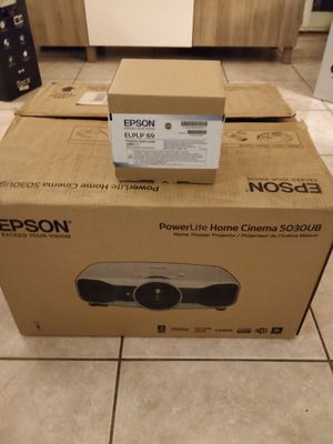 Epson PowerLite Home Cinema 5030UB LCD Projector - with replacement bulb for Sale in Miami Beach, FL