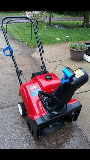 Toro Power Clear 418 ZE 4-cycle Snowblower W/Electric Start for Sale in Aurora, IL