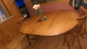 Dinning room table set for Sale in North County, MO