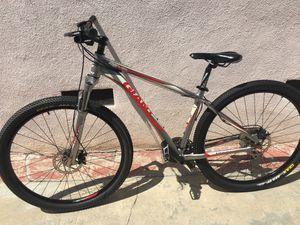 "Giant Revel 29"" Mountain Bike for Sale in Commerce, CA"