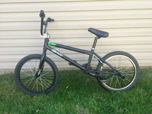 Specialized fuse model III Dew Tour Bmx Bike for Sale in Chicago, IL
