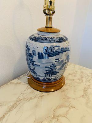 Antique lamp for Sale in Fort Lauderdale, FL