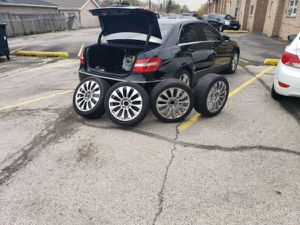 18in Chrome Rims for Sale in Tampa, FL