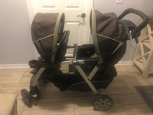 Chicco Double Stroller for Sale in Wesley Chapel, FL