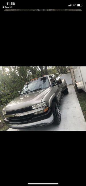 Chevy Silverado 2002 for Sale in Tampa, FL