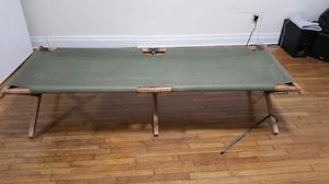 U.S. Army Cot Vintage for Sale in Knoxville, TN