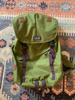 Patagonia Green Backpack for Sale in Vancouver,  WA