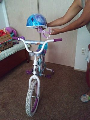 Frozen Bike And Helmet for Sale in Happy Valley, OR
